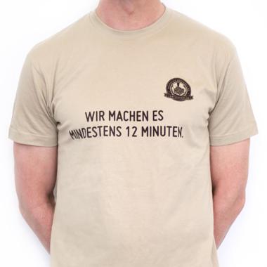 """Männer T-Shirt """"Wir machen es mindestens 12 Minuten"""""""